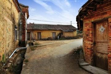 农村冬季是怎样取暖的?这四种方式,你用过哪种?