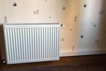 暖气片熏墙怎么办材质决定散热高低