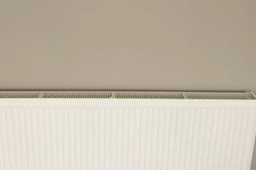 loft适合装地暖还是暖气片?